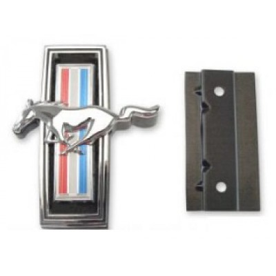 Classic design concepts tri-bar pony emblem